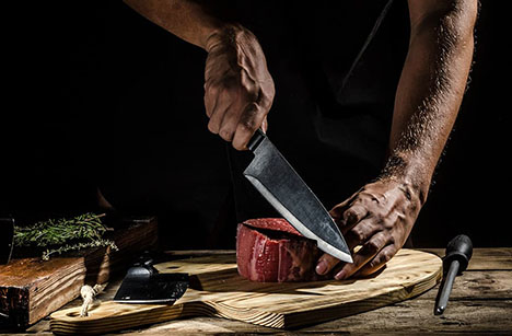 Goodman Fielder - Knife Experts Reveal Tips for Buying New Knives